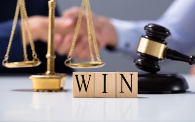 改变定性:胡久辉律师团队代理的重大组织卖淫案一审重大胜利